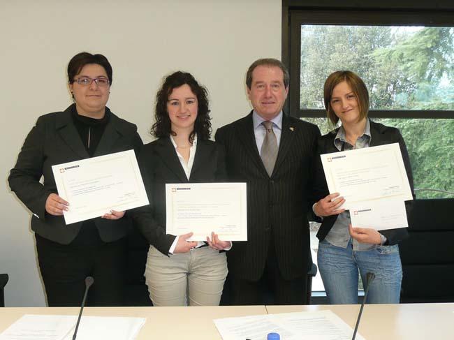 3 premi per tesi di laurea/master/perfezionamento sulla Carta di Treviso delle Università del Veneto